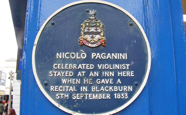 Blue plaque on Northgate Blackburn